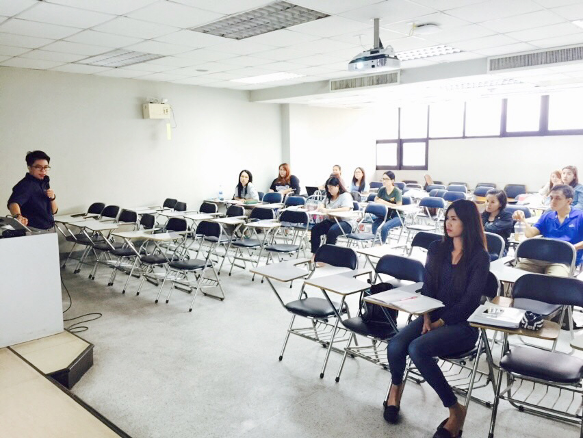 "Gave a special lecture on ""Social Media Marketing & SEO Secrets"" for master's degree students, University of the Thai Chamber of Commerce"