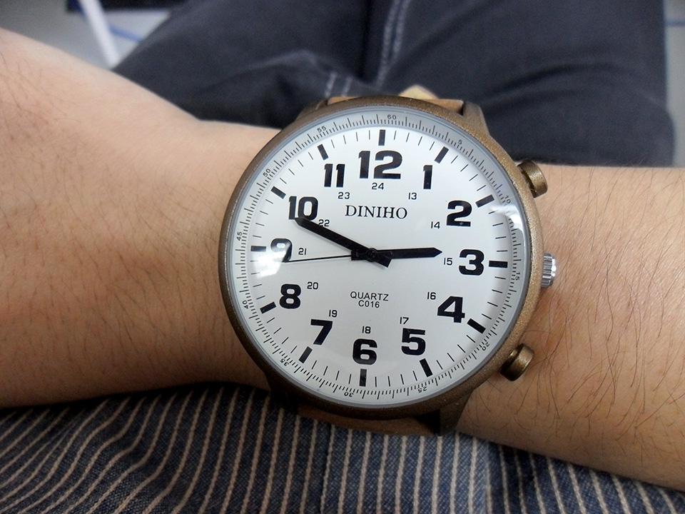 นาฬิกา Diniho